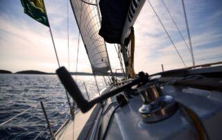 pulizia barche yacht lazio